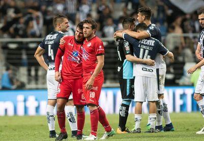 El Monterrey golea al Lobos BUAP y lo despide de Primera División