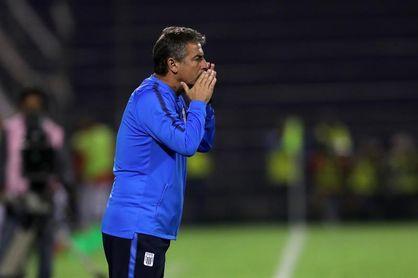 Alianza Lima improvisará su defensa en el crucial partido contra Junior