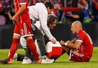 Robben se lesiona y le suple Thiago