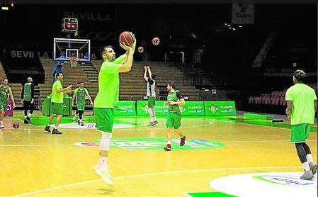 El recién llegado Nikola Gacesa podría debutar ante el Tecnyconta Zaragoza.