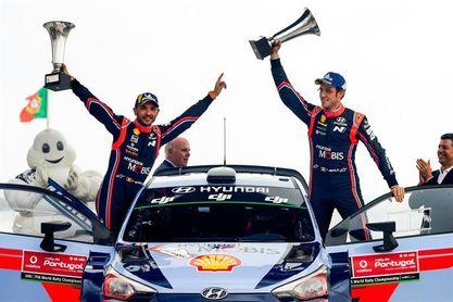 Neuville gana el Rally de Portugal y arrebata el liderato a Ogier