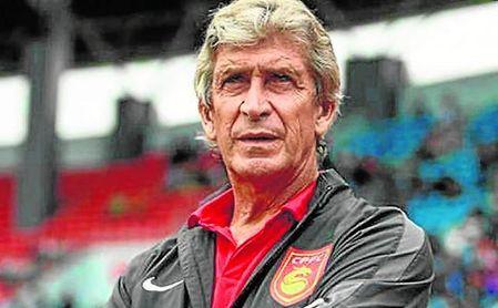Al técnico chileno aún le quedaba una temporada de contrato en China.