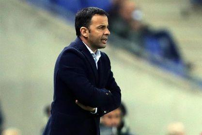El Villarreal anuncia la renovación de Javi Calleja por un año.