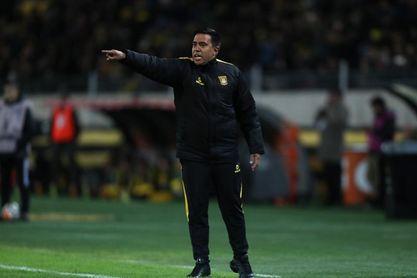 Acusan a César Farías de lesionar a un portero rival en una gresca