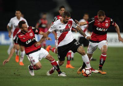 Flamengo buscará el liderato del grupo en el partido contra River Plate