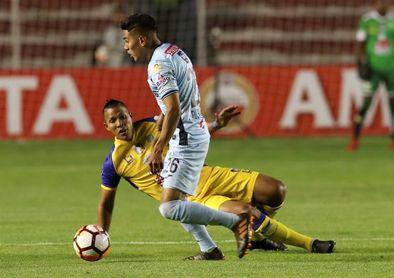 2-1. Bolívar vence al Delfín y se queda con un pasaje a la Copa Sudamericana
