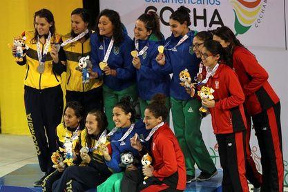 Brasil obtiene cuatro oros en siete finales de natación en Cochabamba