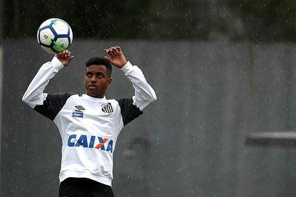 La joya brasileña Rodrygo aceptó la oferta del Real Madrid, dice su agente