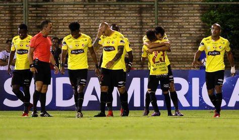 Barcelona, Católica y Emelec se juegan la opción por alcanzar a Liga en Ecuador