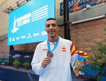 Plata de la triatleta Godoy y bronce del karateca Samy, primeras medallas