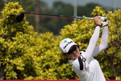Dúo de cabeza australiano-japonés tras el debacle de López en el torneo de Arkansas