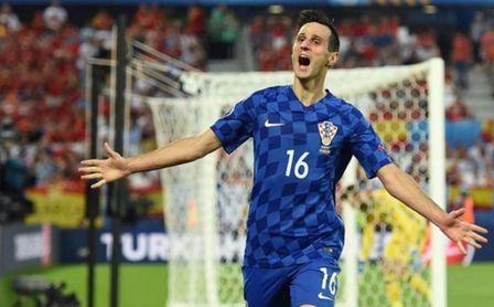 Kalinic celebra un gol con la camiseta de la Selección Croata.