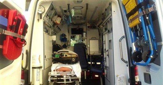 Trasladadas a hospitales cinco personas arrolladas por un coche en unos veladores de Dos Hermanas
