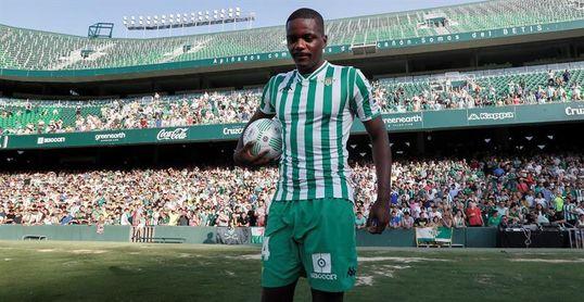 """Carvalho: """"El Betis me transmitió confianza y quiero devolverlo en el campo"""""""