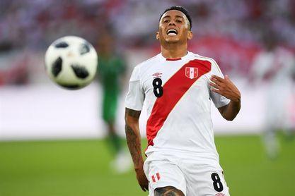 Perú se solidariza con Cueva al ser insultado por su penalti fallado en el Mundial