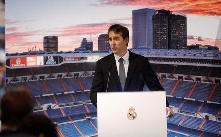 Álvaro Odriozola fue presentado oficialmente como jugador del Real Madrid — Nueva casa