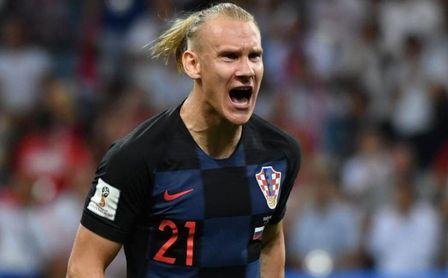 Domagoj Vida, que interesa a Liverpool y Sevilla, durante un partido con la selección croata.