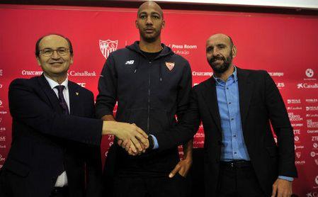 Monchi ya ha convencido a Nzonzi y ofrece 25 millones para hacerlo con el Sevilla.