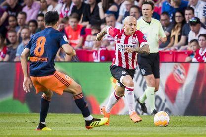 2-1. El Valencia ofrece una buena imagen pese a perder en Eindhoven