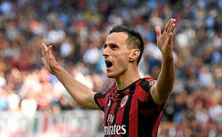 Kalinic, durante un partido con el AC Milan.