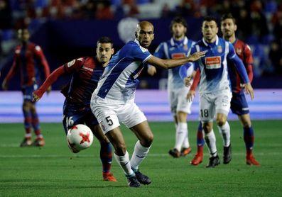 """Naldo: """"Con Rubi apretamos más arriba y estamos más cerca del gol"""""""