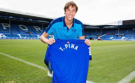 Tomás Pina, nuevo jugador del Deportivo Alavés.
