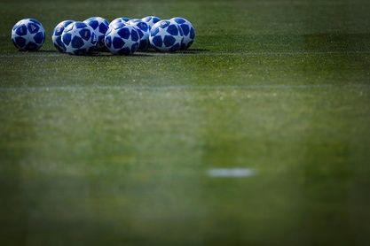 Ajax, PSV y Benfica a un paso de la fase de grupos de la Champions 2018