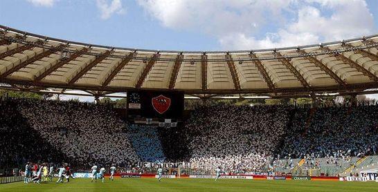Un mensaje de ultras de la Lazio contra las mujeres vuelve a empañar su imagen