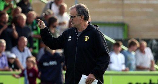 El Leeds de Bielsa y Víctor Orta mantiene el liderato en la 'Championship'