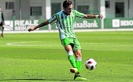 El Betis Deportivo saldó con éxito su visita al Espeleño.