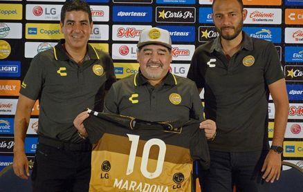 Maradona promete que arropará a los Dorados como a un niño en sus brazos