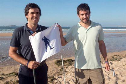 La PGA homenajea a Seve en la playa de Somo, donde empezó su idilio con el golf