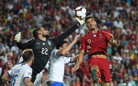 Portugal funciona sin Cristiano; Italia decepciona