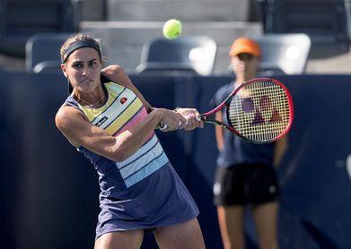 Mónica Puig se mete en cuartos por la retirada de su rival en el segundo set