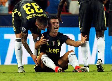 Cristiano Ronaldo, expulsado a la media hora en su estreno europeo con Juve