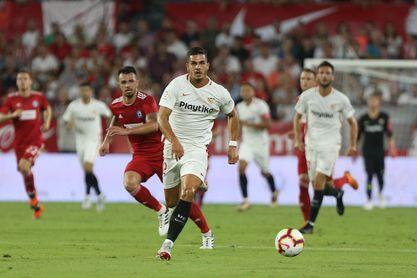 Carlos Bacca marcó el primer gol de la Europa League 2018-19