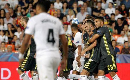 0-2. Dos penaltis tras la expulsión de Cristiano dan el triunfo a la Juventus