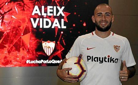 Aleix cree que no podía estar en un sitio mejor que en el Sevilla.