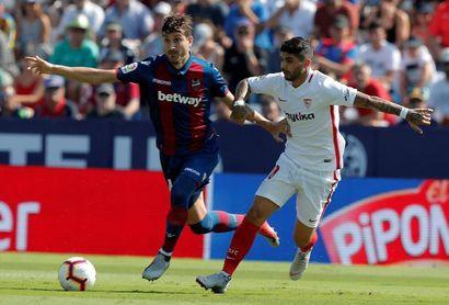 2-6. El Sevilla se da un festín a costa de un irreconocible Levante