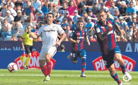 Ben Yedder, en el partido ante el Levante.