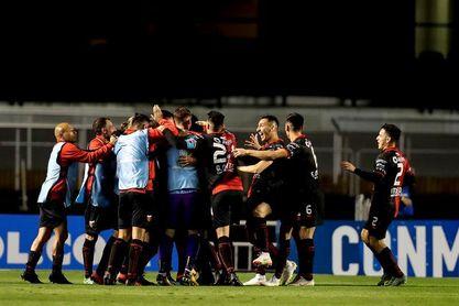 Junior recibe a Colón de Argentina en los octavos de final de la Sudamericana