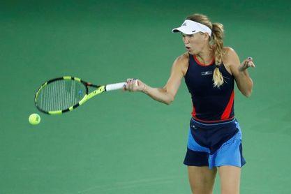 Wozniacki, Kerber y Kvitova pasan a octavos, pero Svitolina cae en su debut