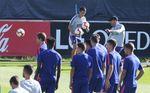 Montero y Borja completan una convocatoria sin Costa, Giménez, Savic y Vitolo