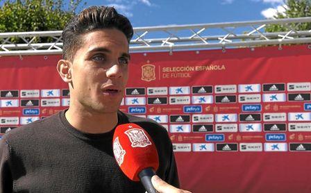 Marc Bartra, central del Betis, a su llegada a Las Rozas para unirse a la concentración de la selección española.
