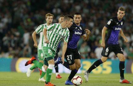 Lo Celso conduce la pelota ante el Leganés.