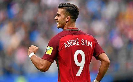 Tras un mal año en el Milan, André Silva no para de marcar goles con el Sevilla y su selección.