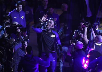 """LeBron James: """"El ambiente fue eléctrico"""""""
