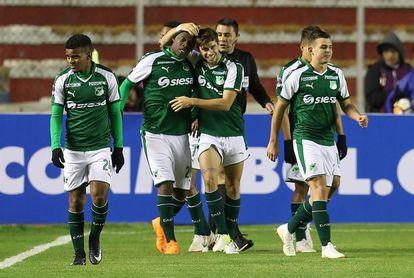 Santa Fe y Cali se enfrentan en la Sudamericana para intentar salvar el semestre
