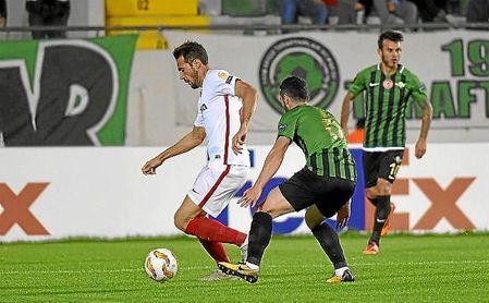 Franco Vázquez, en un lance del partido ante el Akhisar.