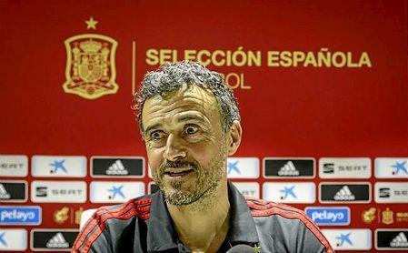 Luis Enrique vuelve a confiar en Pau López; Alba, principal novedad en la lista